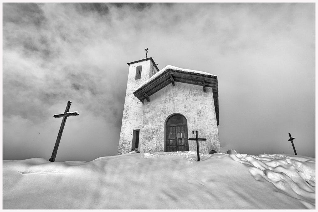 chapelle St Michel Montvalezan